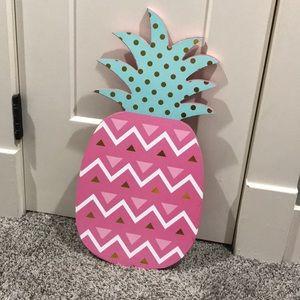Pineapple wooden home decor